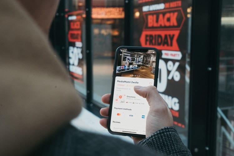 digitalizacija in poslovanje na mobilnih napravah